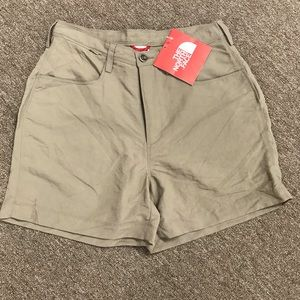 The North Face Women's Paramount Shorts